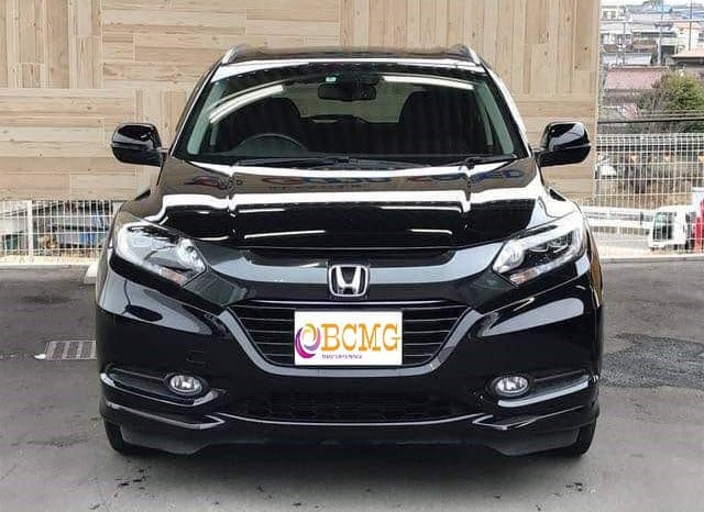 Honda 4 seat Vezel 2015 Crossover on Hire for Eid Transport From Dhaka